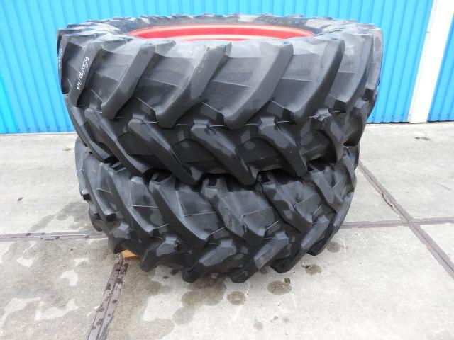 580/70R42 Pirelli 8 gaats fendt