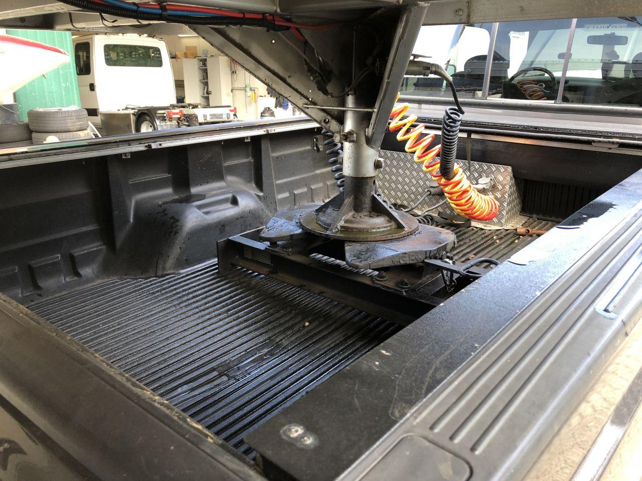 Be Trekker 10 Ton Ford F250 4x4 Be oplegger 4 paarden en kar