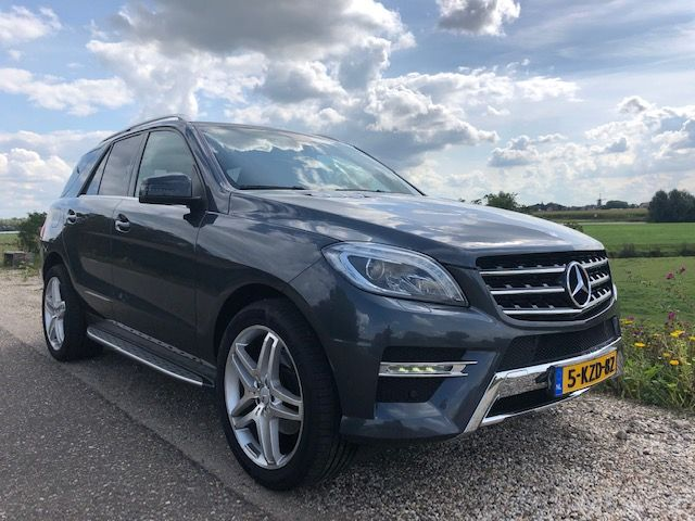 Mercedes Benz 350 ML Blue Tec AMG