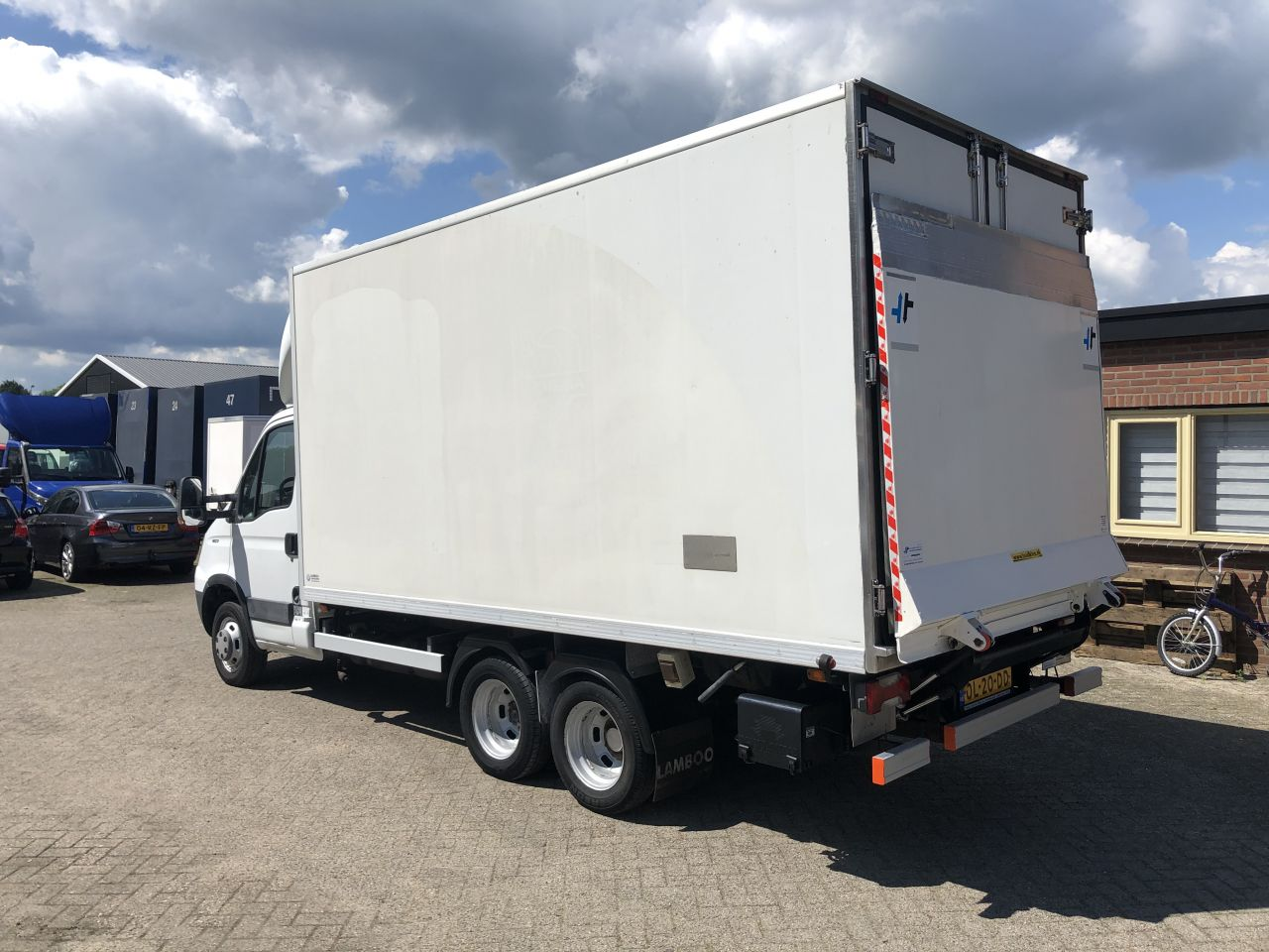 Be Trekker clixtar iveco 7.5 Ton Carrier koel motor (17)