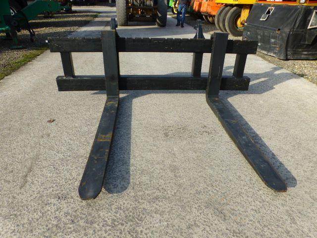Palletvorken 11000kg Volvo / Liebher / JCB - 240cmx160/180/200cm
