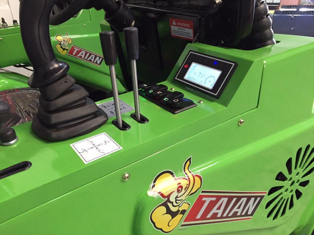 Nieuwe TAIAN DY620 minishovel met 3 cil KUBOTA dieselmotor