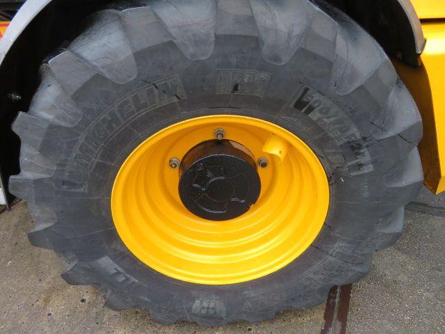 JCB TM310 S Agri Farm Master