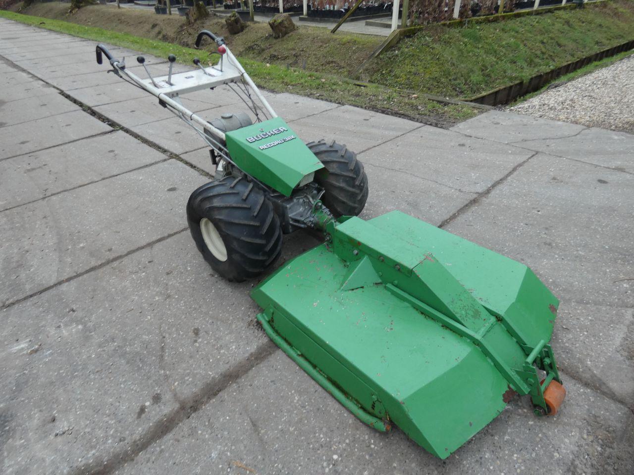 BUCHER tractor met maaier (type Record 38K, 10 pk MAG motor)