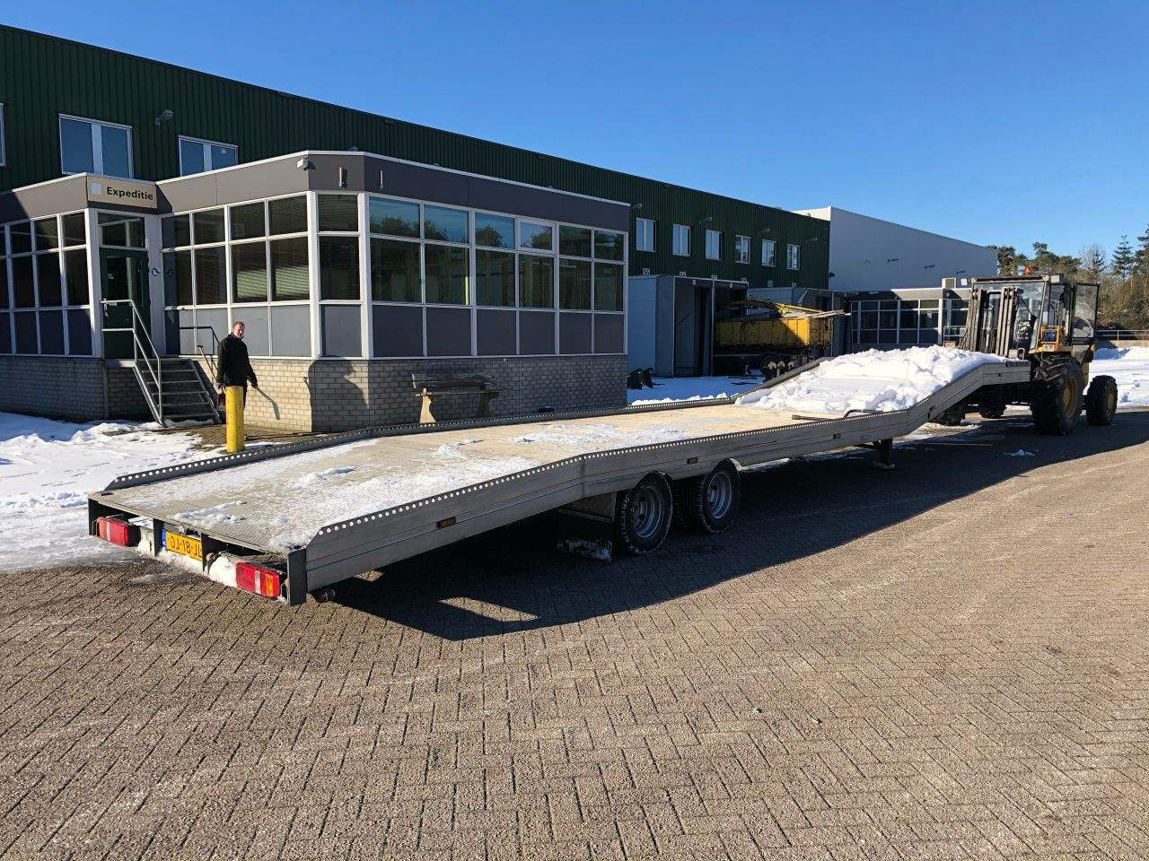 Be Oplegger 9 Ton auto transporter ambulance Veldhuizen