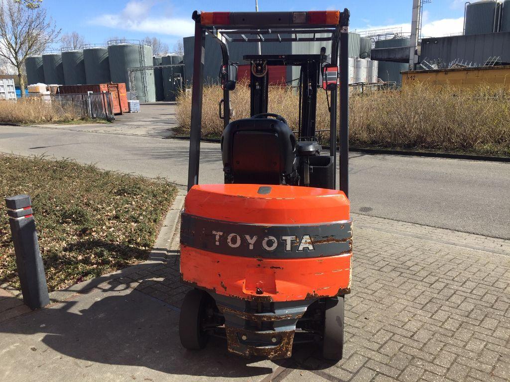 Zeer complete TOYOTA 7FBMF18 elektrische heftruck