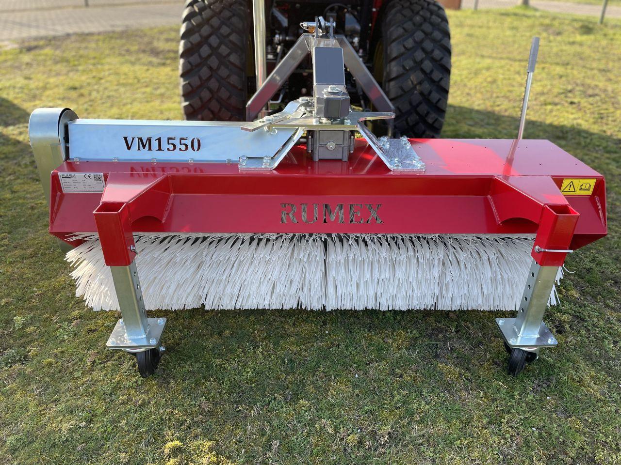Rumex veegmachine voor compact tractor