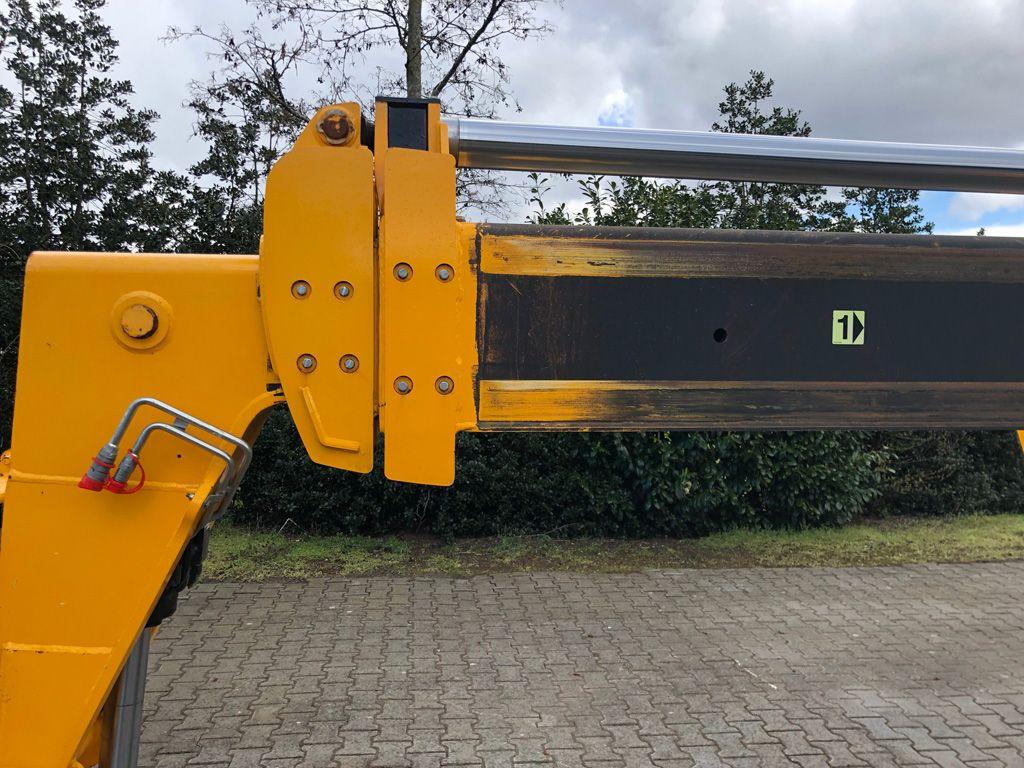 Gebruikte JCB 540-170 verreiker met hefhoogte tot 17 m