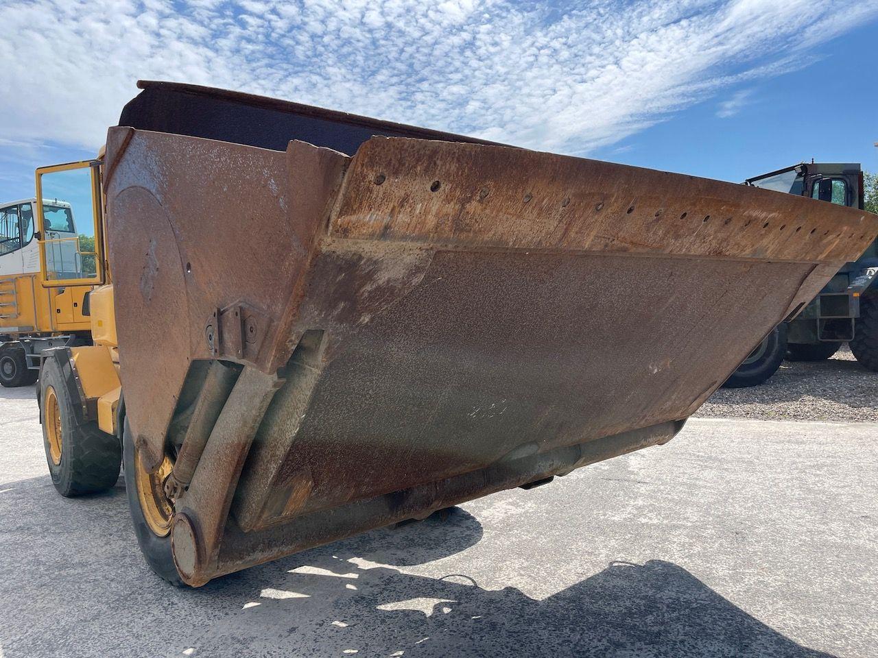 Hoogkiepbak 314cm 6000 liter Volvo aansluiting