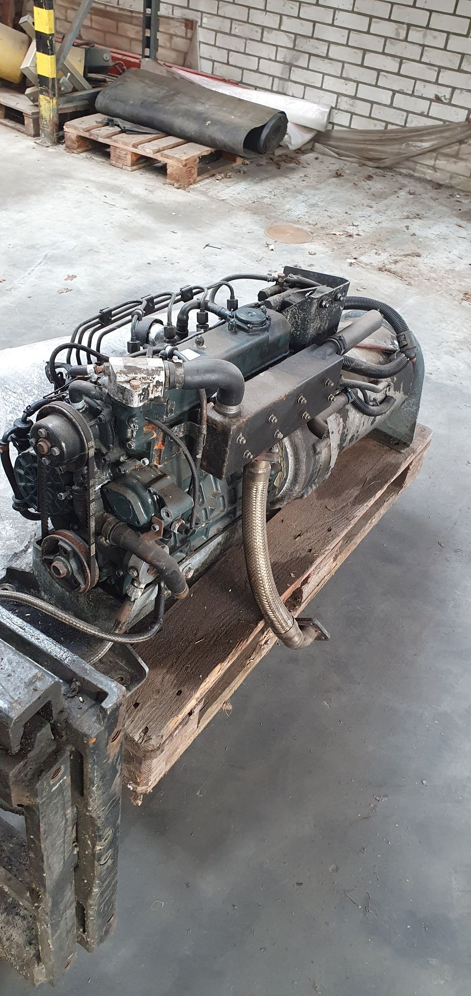 KUBOTA V1505 dieselmotor 4 cilinder met startmotor